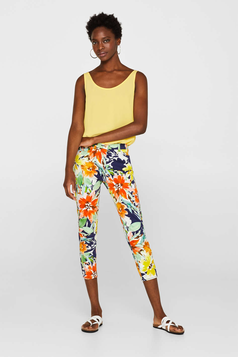 Esprit - Stretch capris with floral print