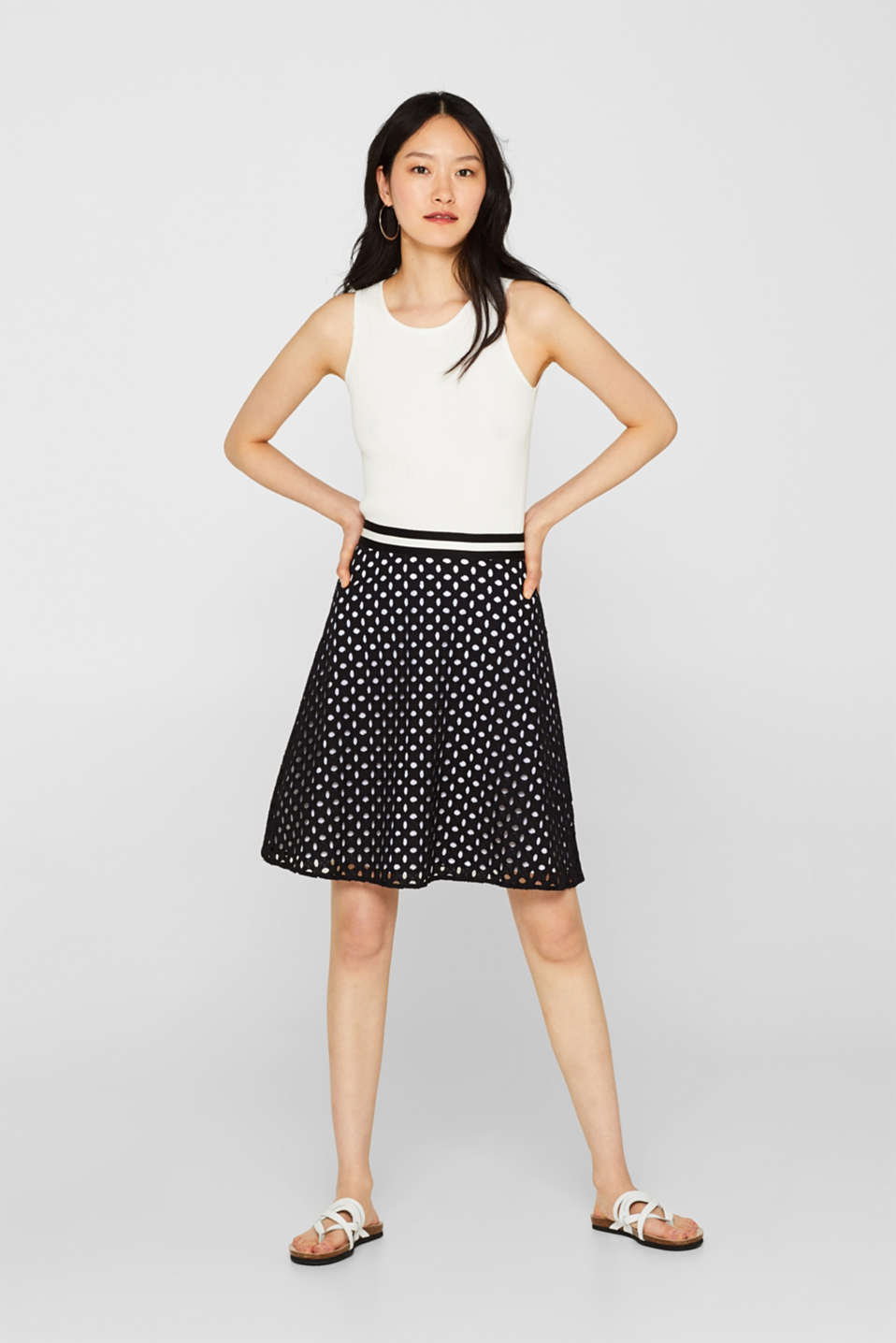 Skirt with broderie anglaise and contrasting lining, BLACK, detail
