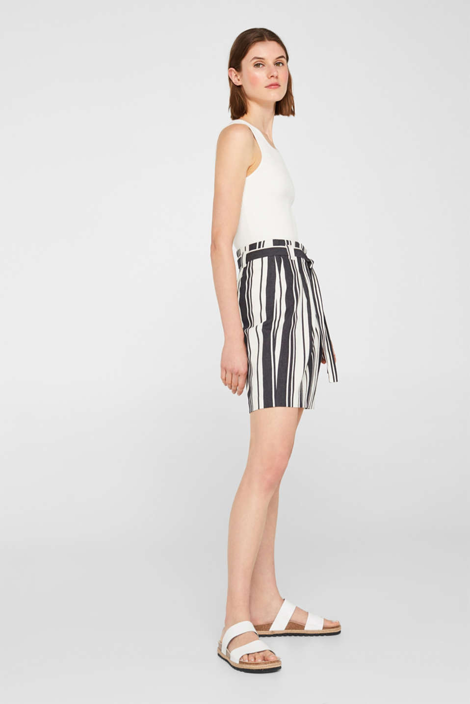 Esprit - Textured striped skirt with a belt