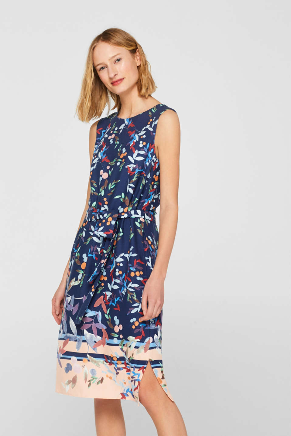 Esprit - Flowing sheath dress with colourful print