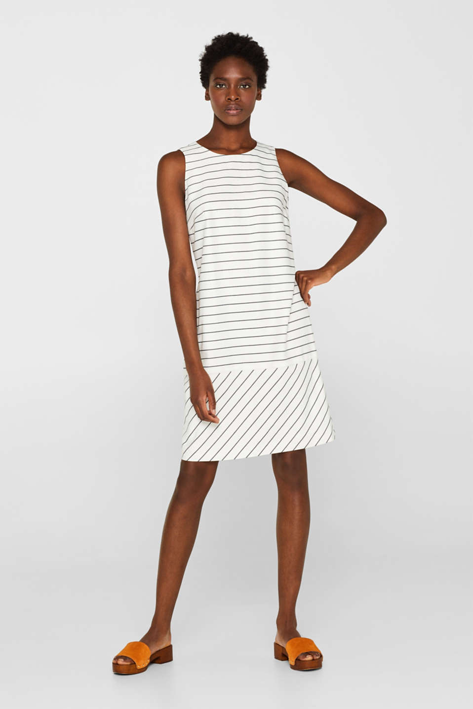 Esprit - Sheath dress with a striped pattern