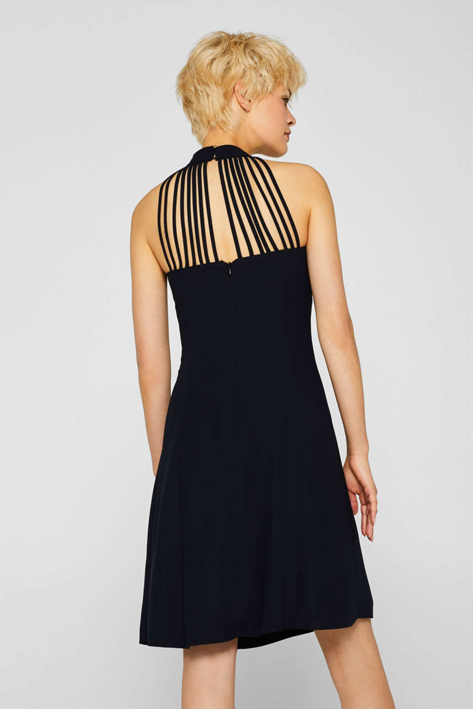 Crêpe dress with a sophisticated back and stretch, BLACK, detail image number 2