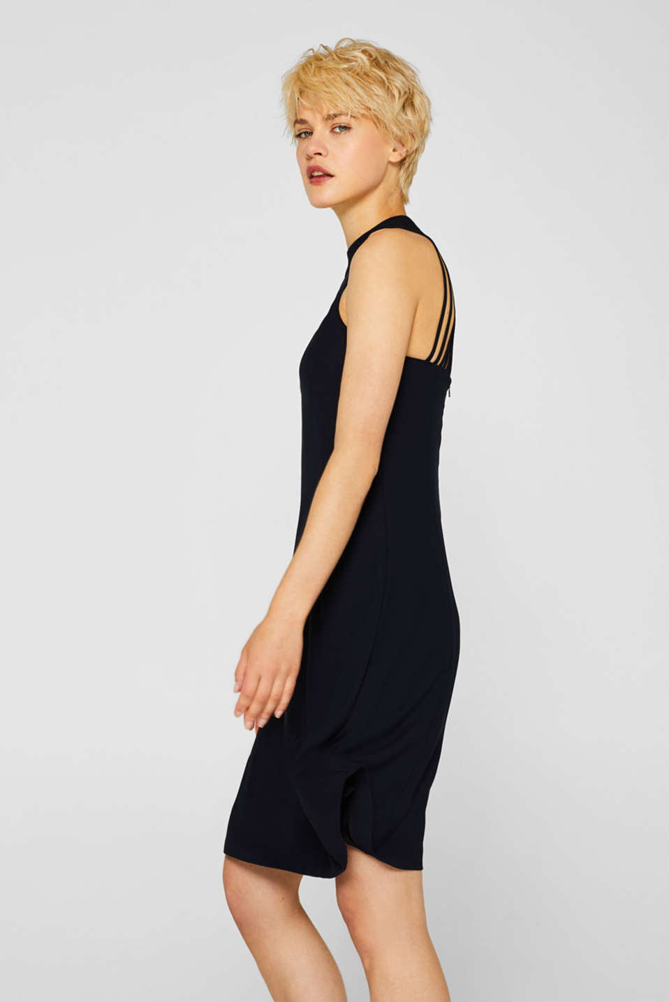 Crêpe dress with a sophisticated back and stretch, BLACK, detail image number 5