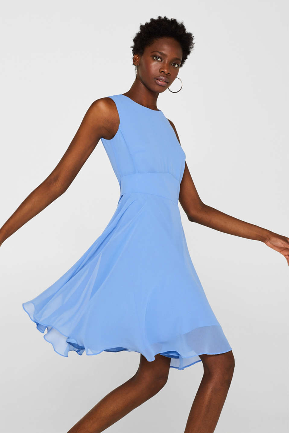 Esprit - Chiffon dress with swirling skirt