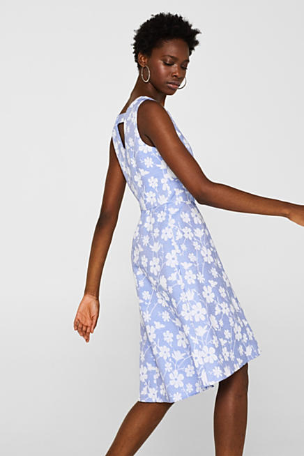 e3fd4cc2f6f Kleid mit Jacquard-Muster und Rückensteg