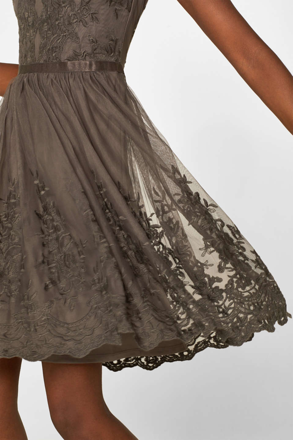 Tulle dress with tonal embroidery, TAUPE, detail image number 3