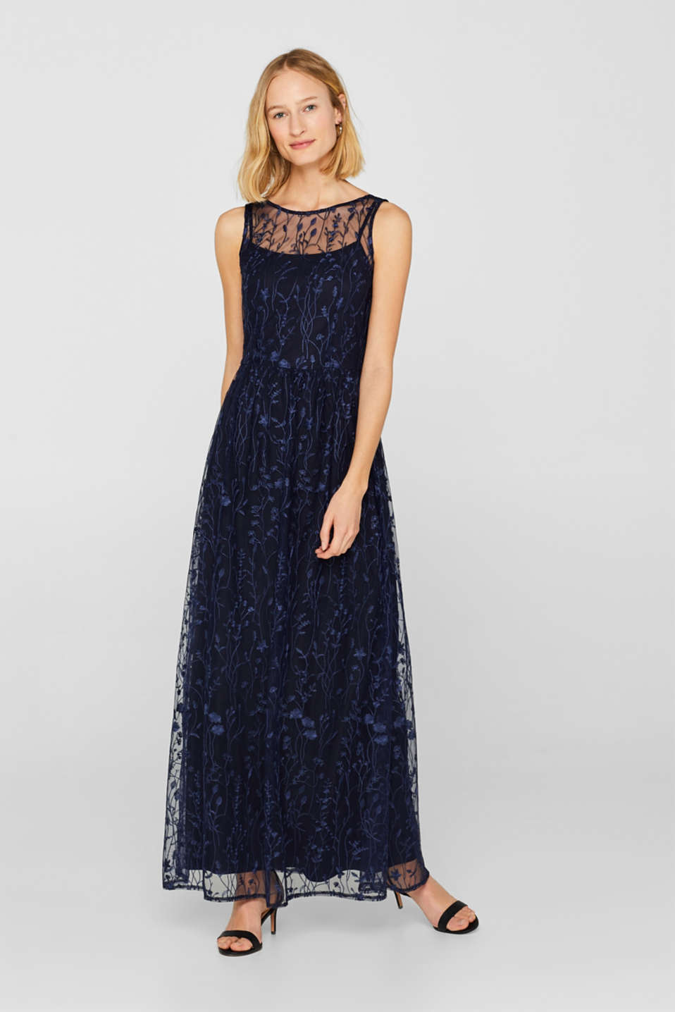 Esprit - Chiffon maxi dress with floral embroidery