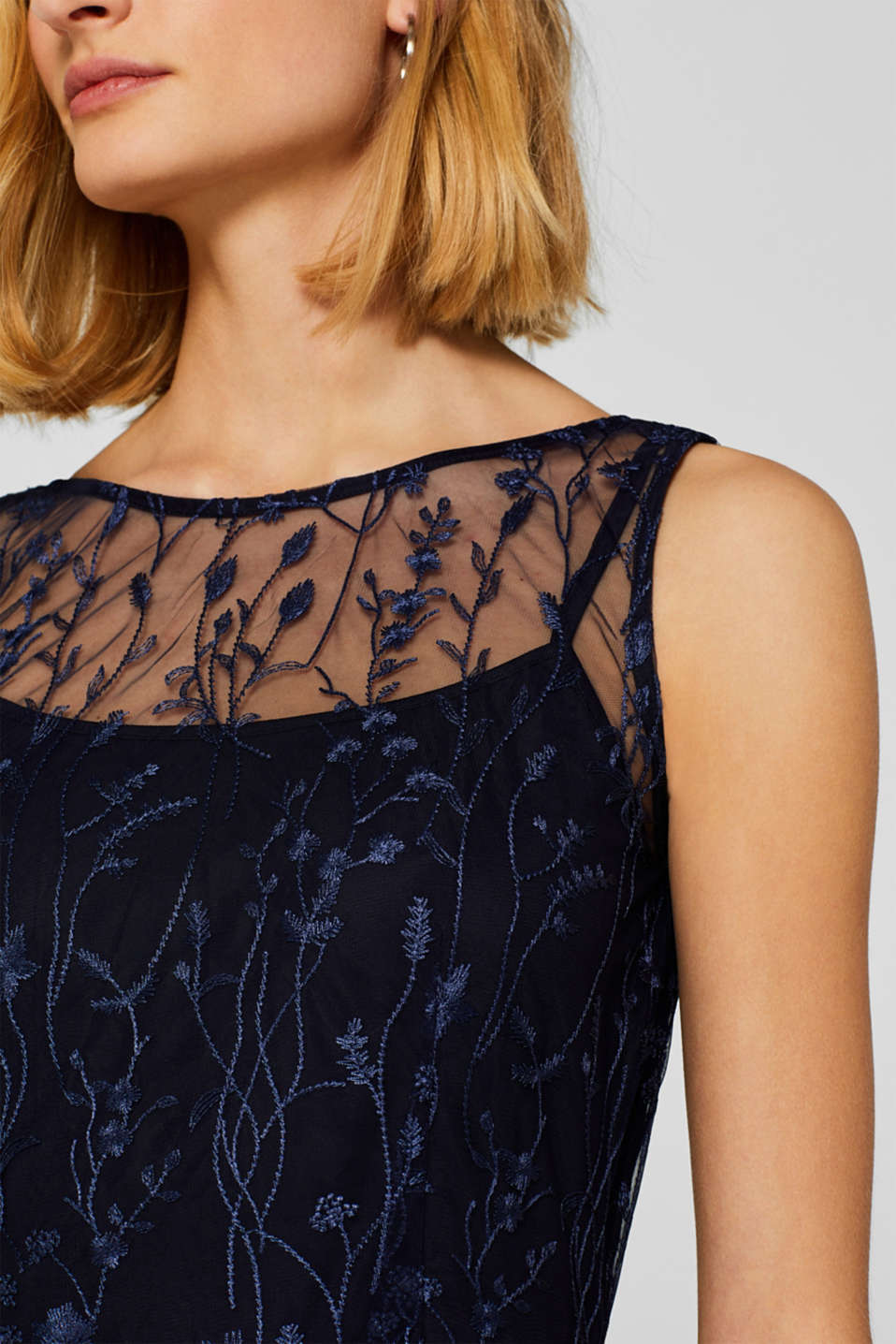 Chiffon maxi dress with floral embroidery, NAVY, detail image number 2