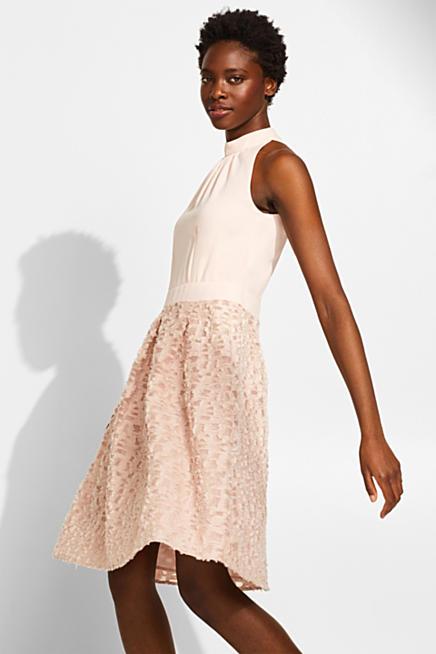 f19f6000de92c Cocktail-Kleid mit fransiger Struktur