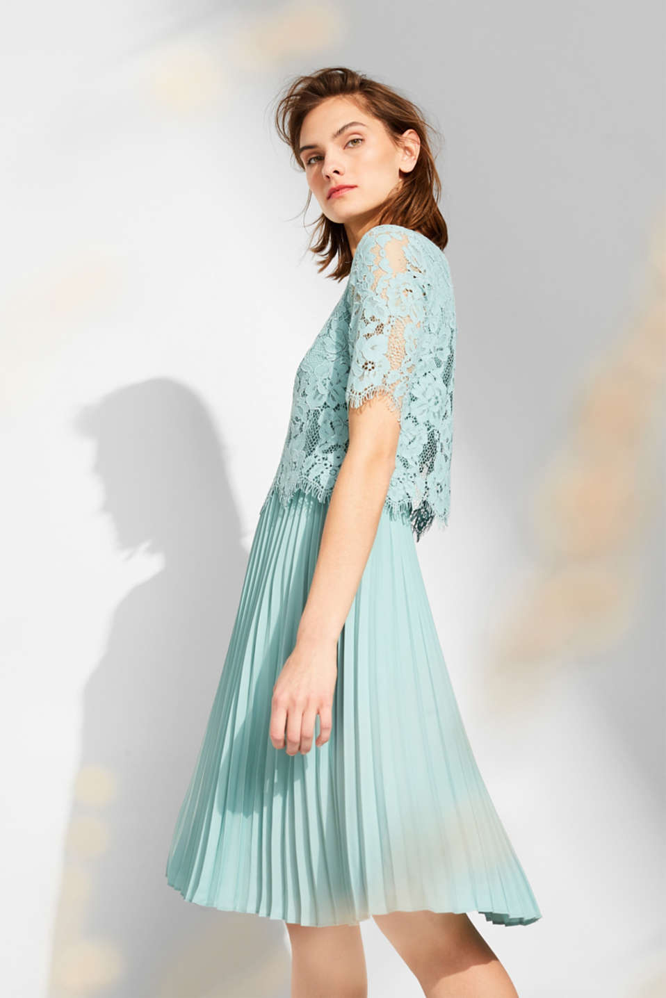 Esprit - Layered dress with a lace top and pleated skirt
