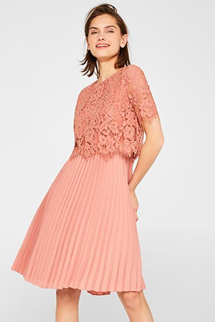 ca2178f71d7a Klänning i lager med överdel i spets och plisserad kjol