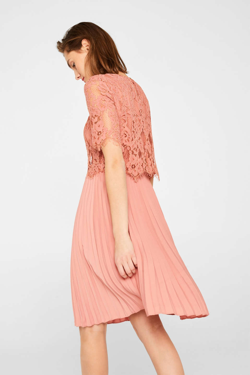 Layered dress with a lace top and pleated skirt, SALMON, detail image number 2
