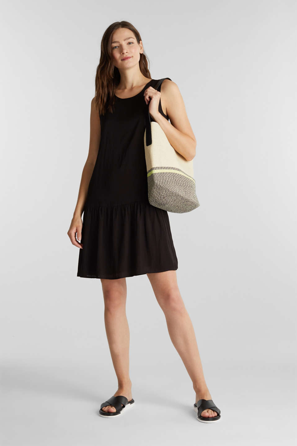 Woven dress with a flounce hem, BLACK, detail image number 1
