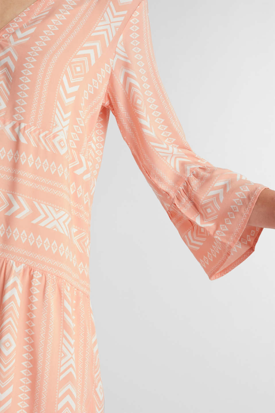 Print dress made of LENZING™ ECOVERO™, SALMON 4, detail image number 3