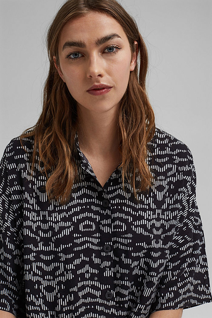 Knot blouse made of LENZING™ ECOVERO™