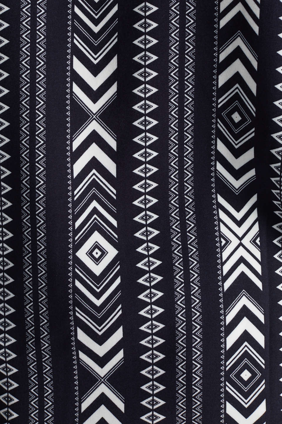 Embroidered tunic made of LENZING™ ECOVERO™, NAVY 4, detail image number 4
