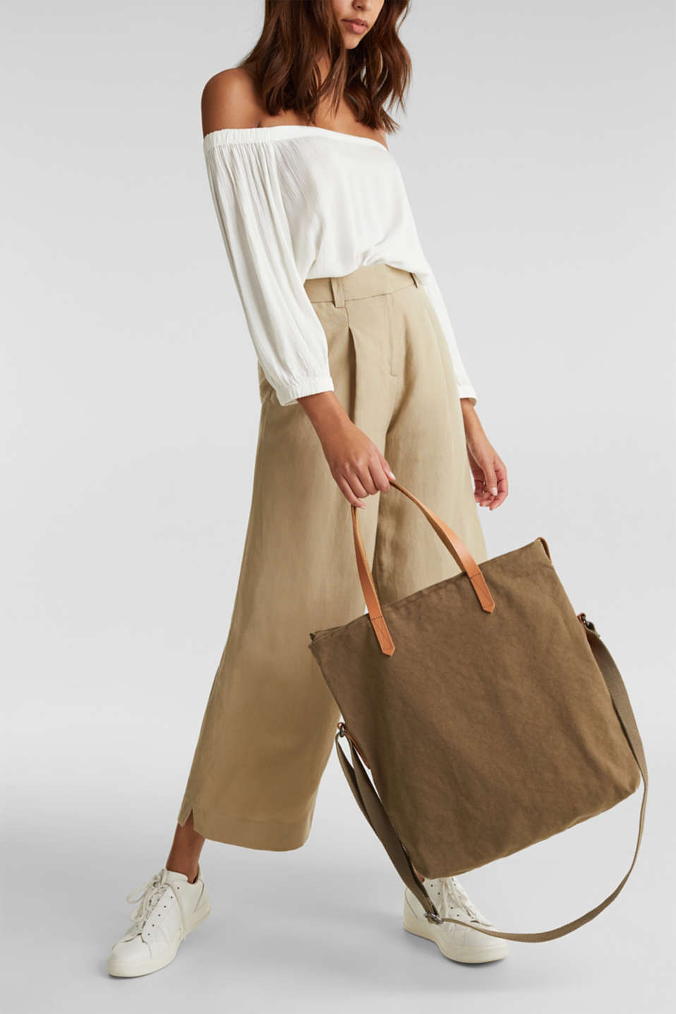 Adjustable canvas tote with leather details, LIGHT KHAKI, detail image number 1