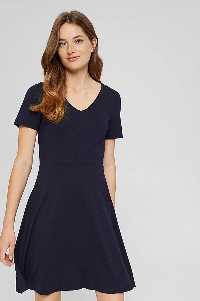 Ausgestelltes Jerseykleid aus Viskose-Mix