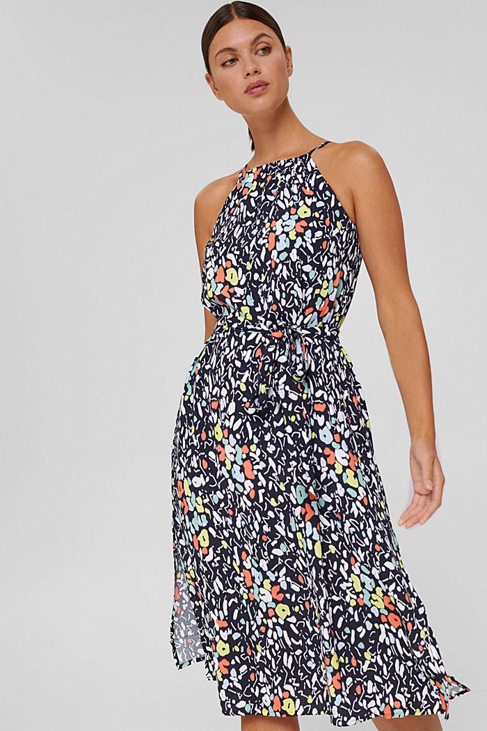Ausgestelltes Kleid mit Print und Gürtel