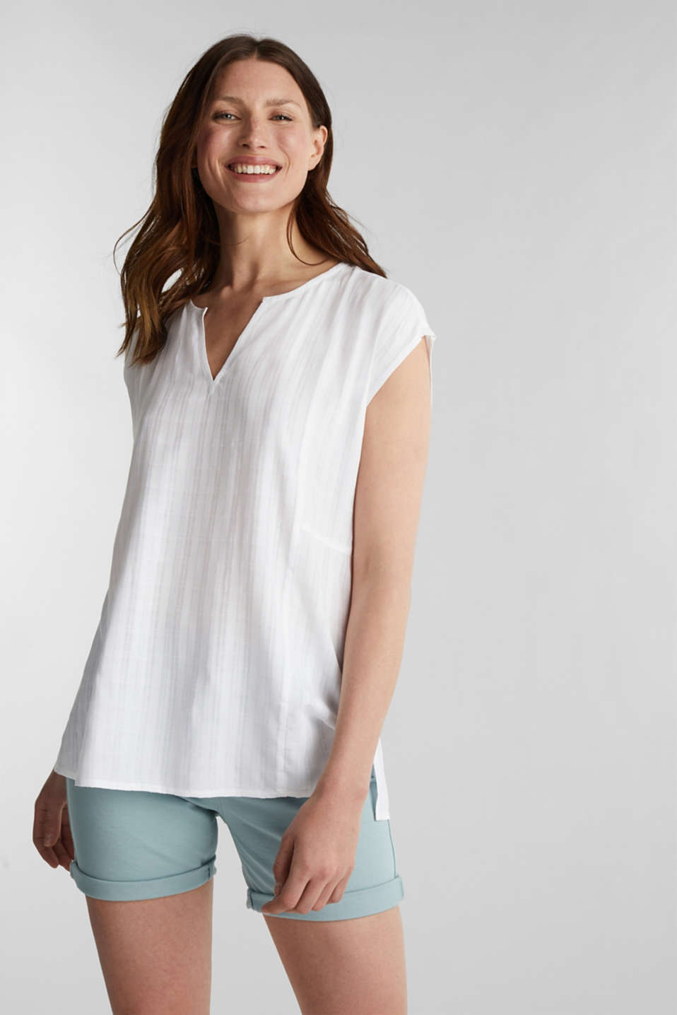 Textured blouse made of LENZING™ ECOVERO™, WHITE, detail image number 0