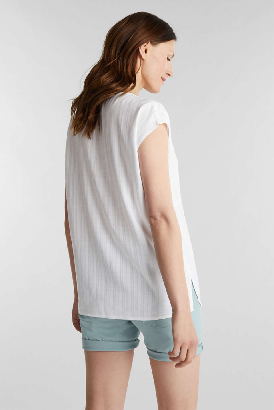 Textured blouse made of LENZING™ ECOVERO™, WHITE, detail image number 3