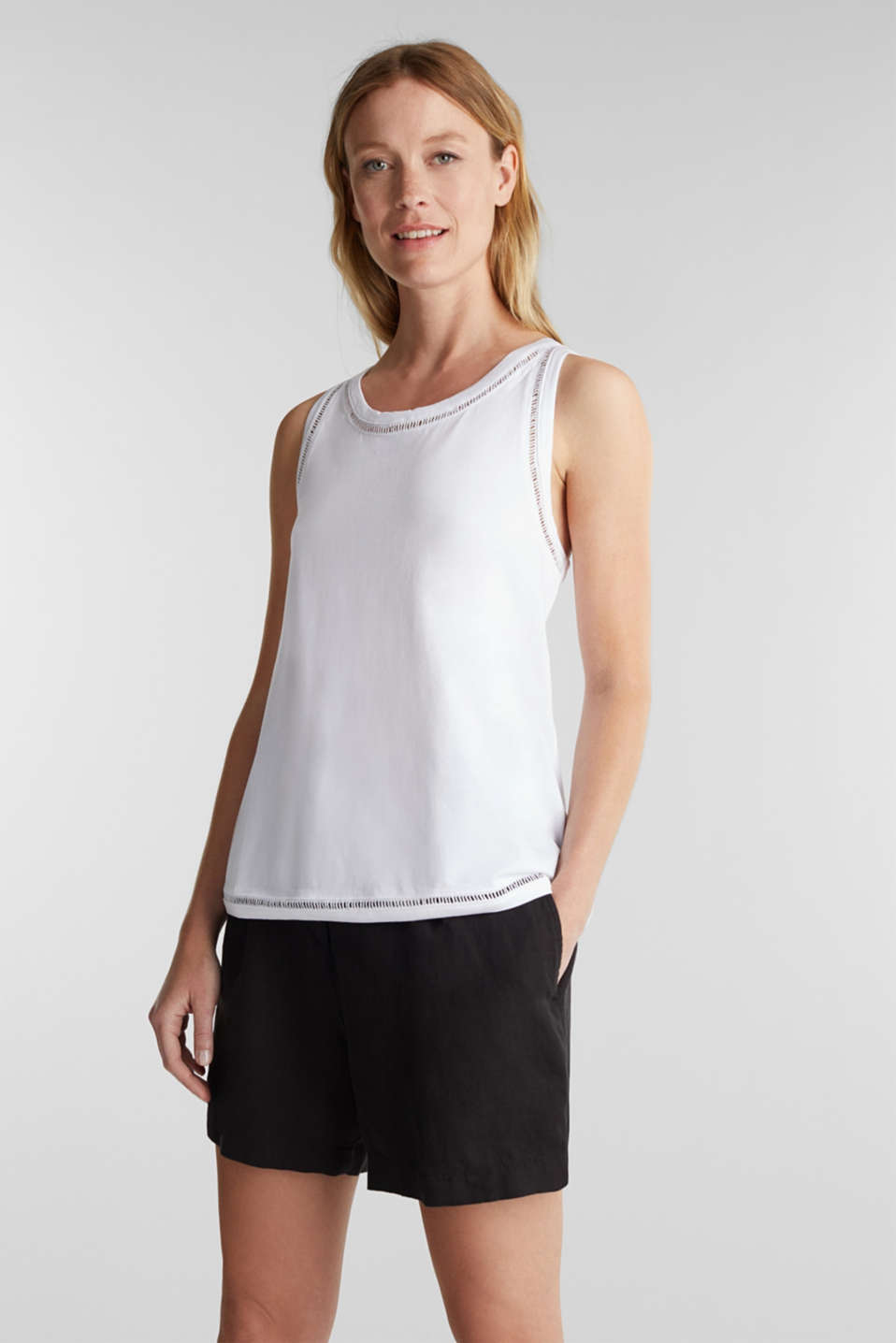 Esprit - Top with broderie anglaise