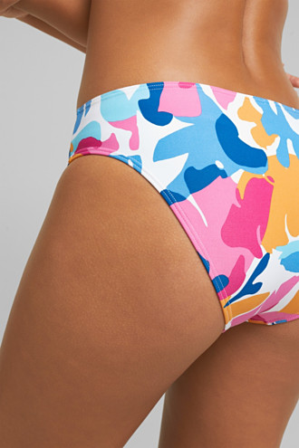 Briefs with a colourful print