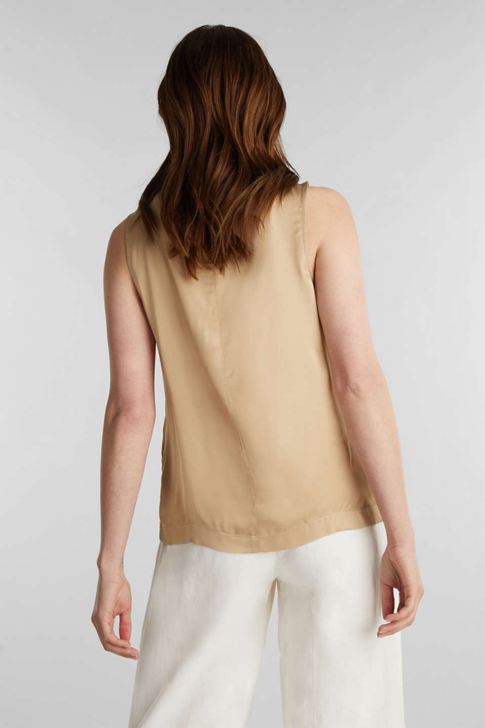 Blouse top made of satin with LENZING™ ECOVERO™, BEIGE, detail image number 3