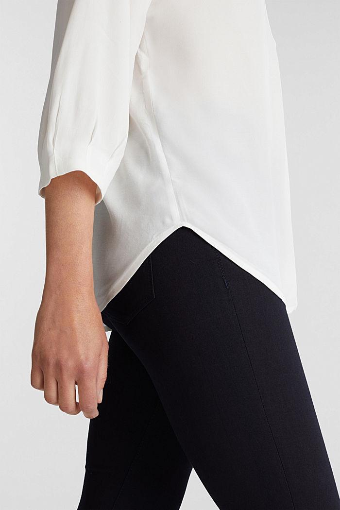 V-neck blouse made of LENZING™ ECOVERO™, OFF WHITE, detail image number 2
