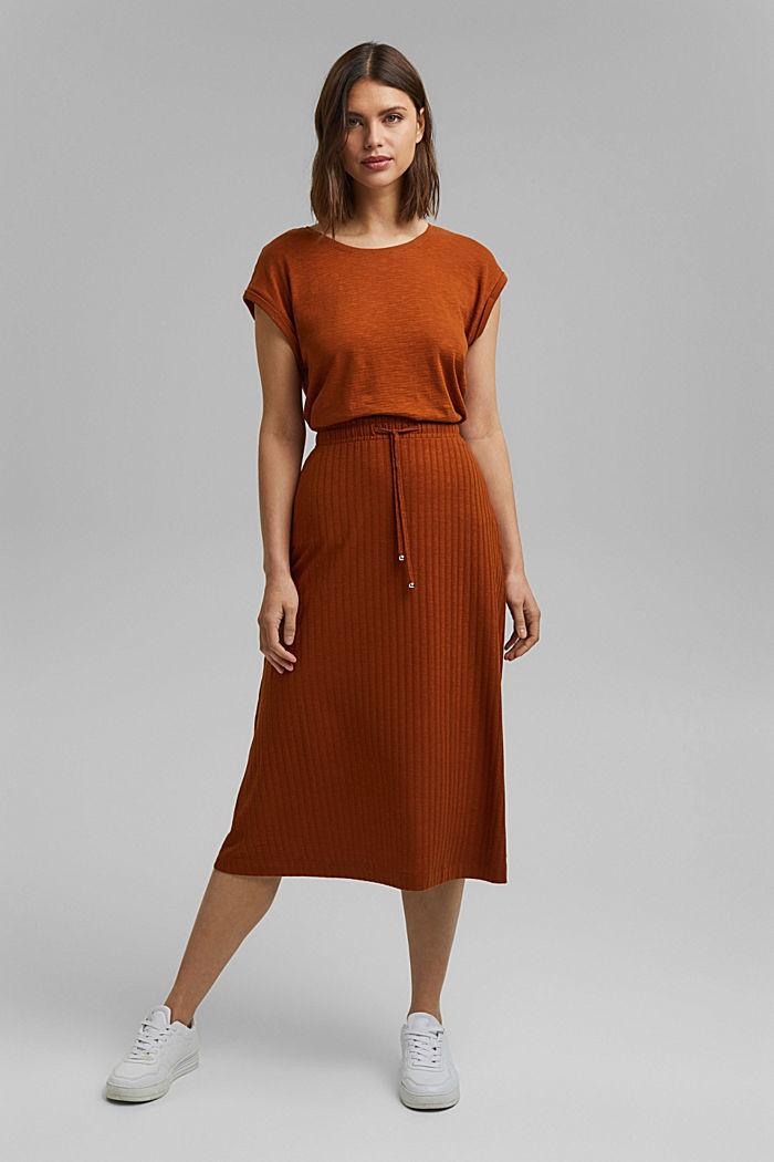 Z recyklingu: spódnica midi z jerseyu o prążkowanej fakturze