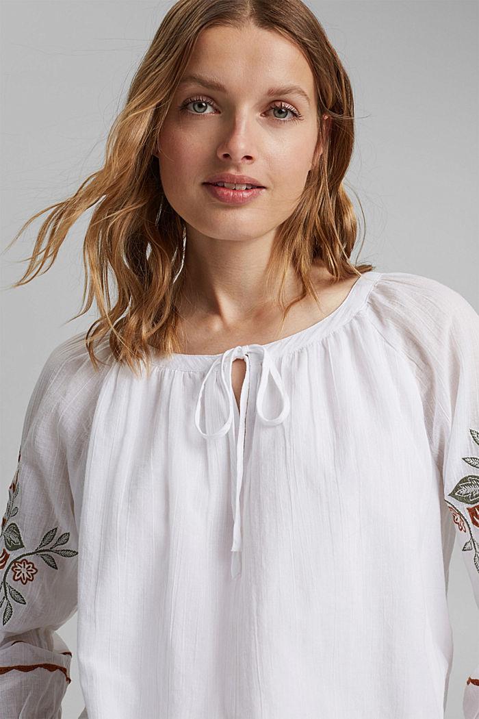 Blusa con bordado, 100 % algodón ecológico, WHITE, detail image number 5