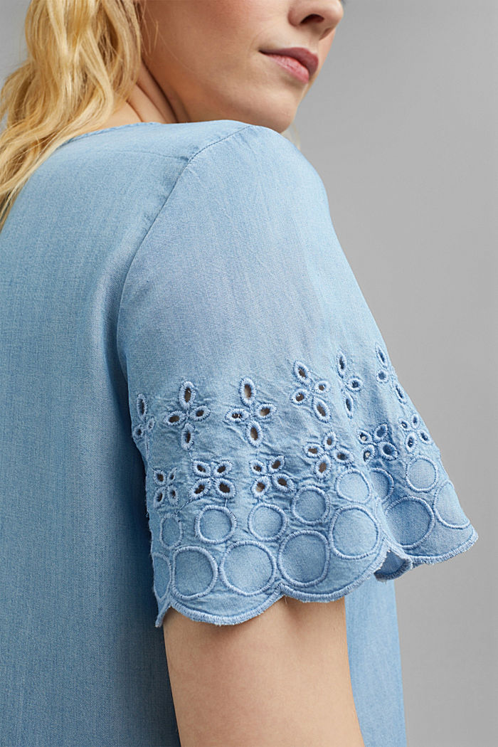 Made of TENCEL™: Denim blouse with embroidery, BLUE LIGHT WASHED, detail image number 2