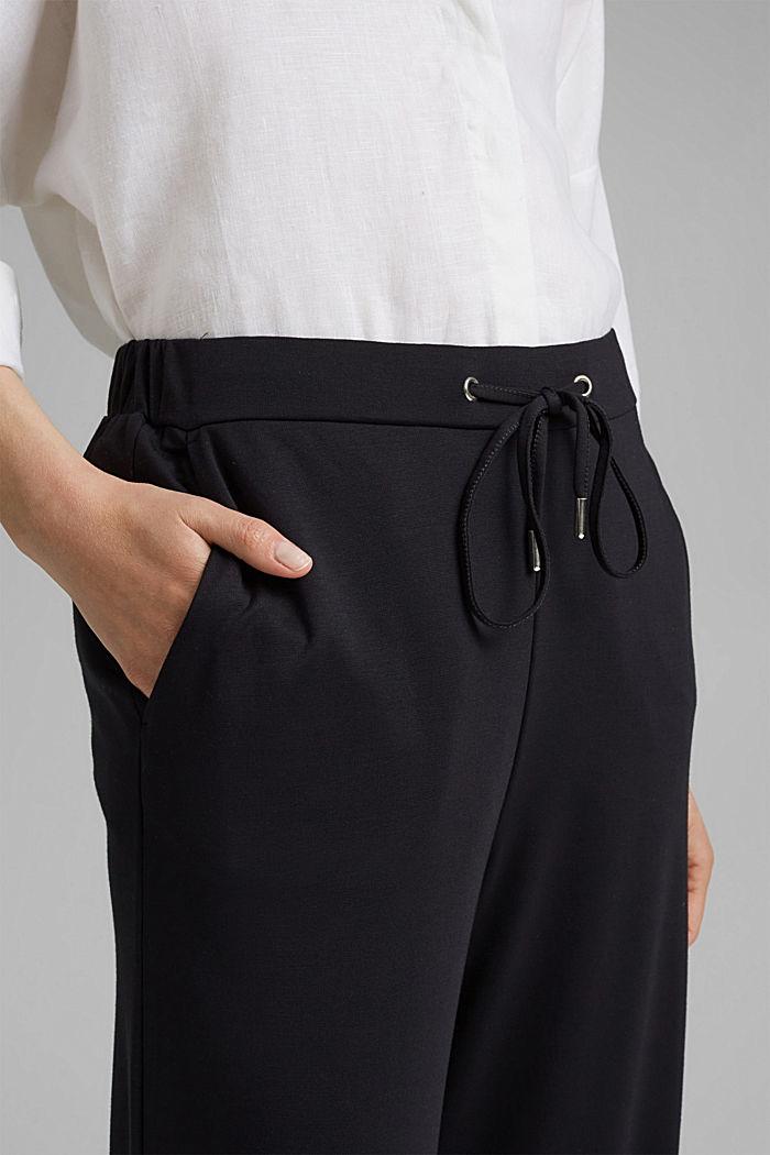 Soepele culotte met LENZING™ ECOVERO™, BLACK, detail image number 2
