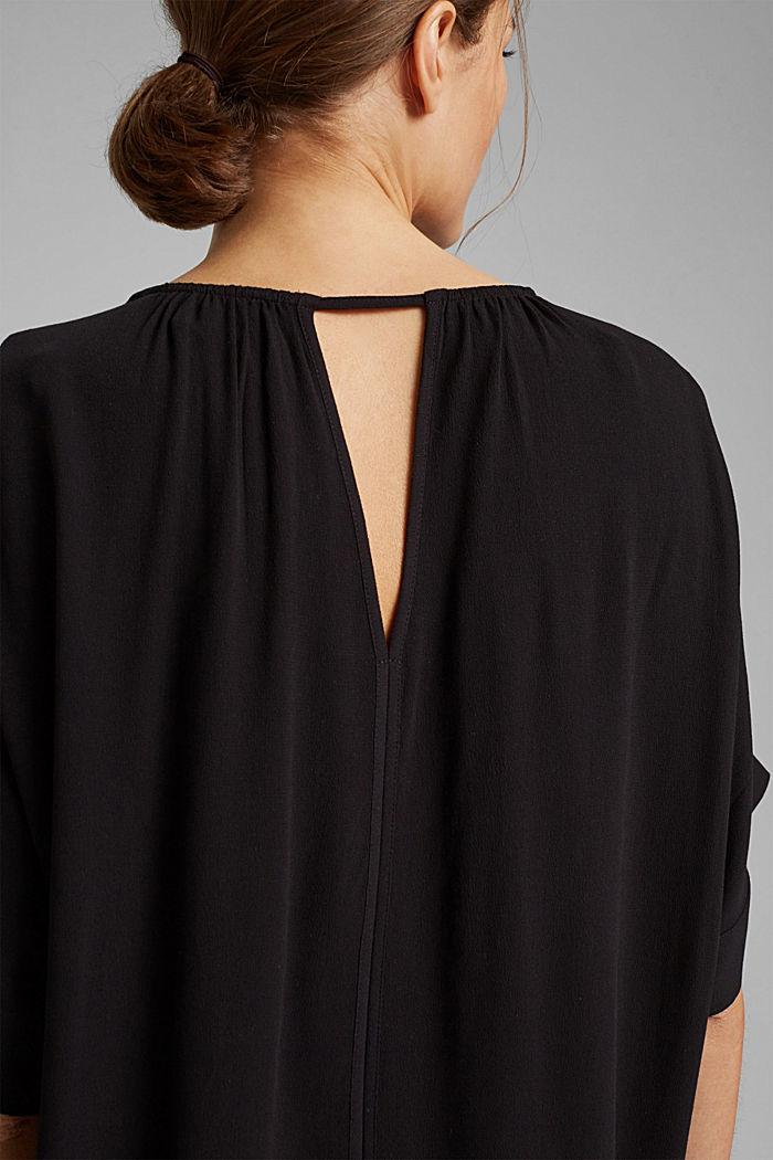 Blusa de manga corta en crepé de viscosa