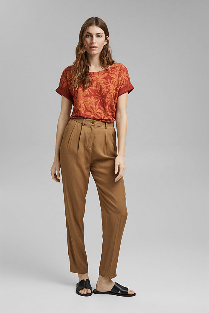 Made of 100% linen: T-shirt with a leaf print, TERRACOTTA, detail image number 1