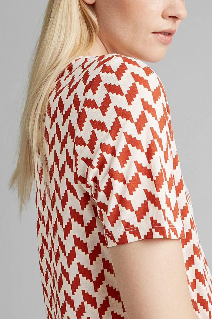 Printed T-shirt made of LENZING™ ECOVERO™, TERRACOTTA, detail image number 2