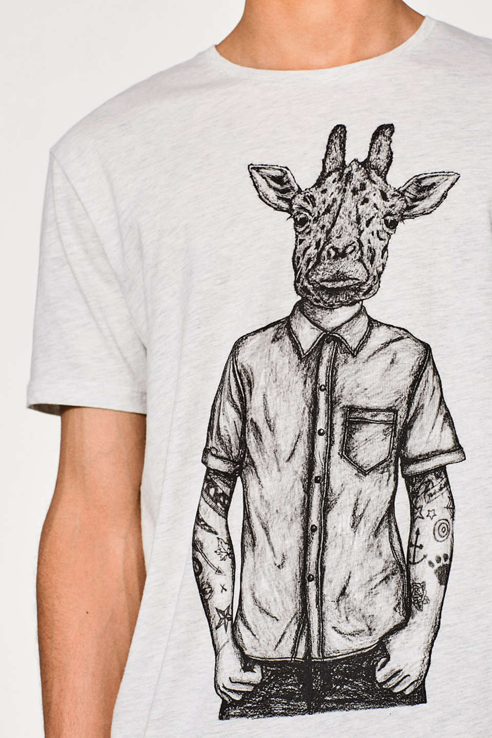 Jersey T-shirt with a giraffe print