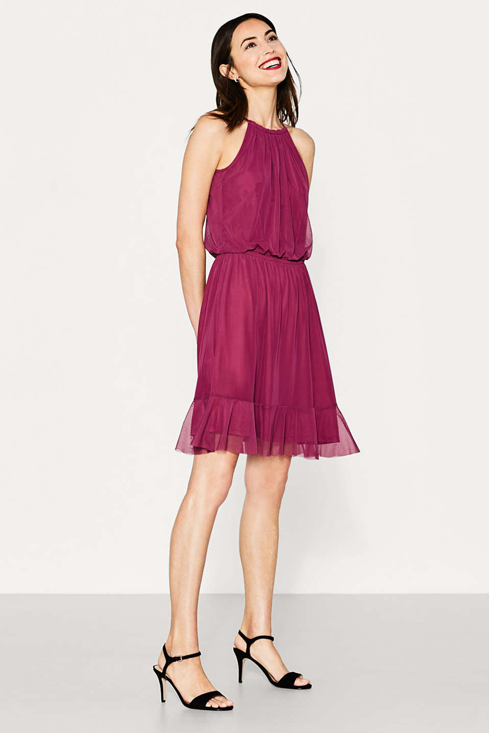 Feminine mesh dress with hem flounce