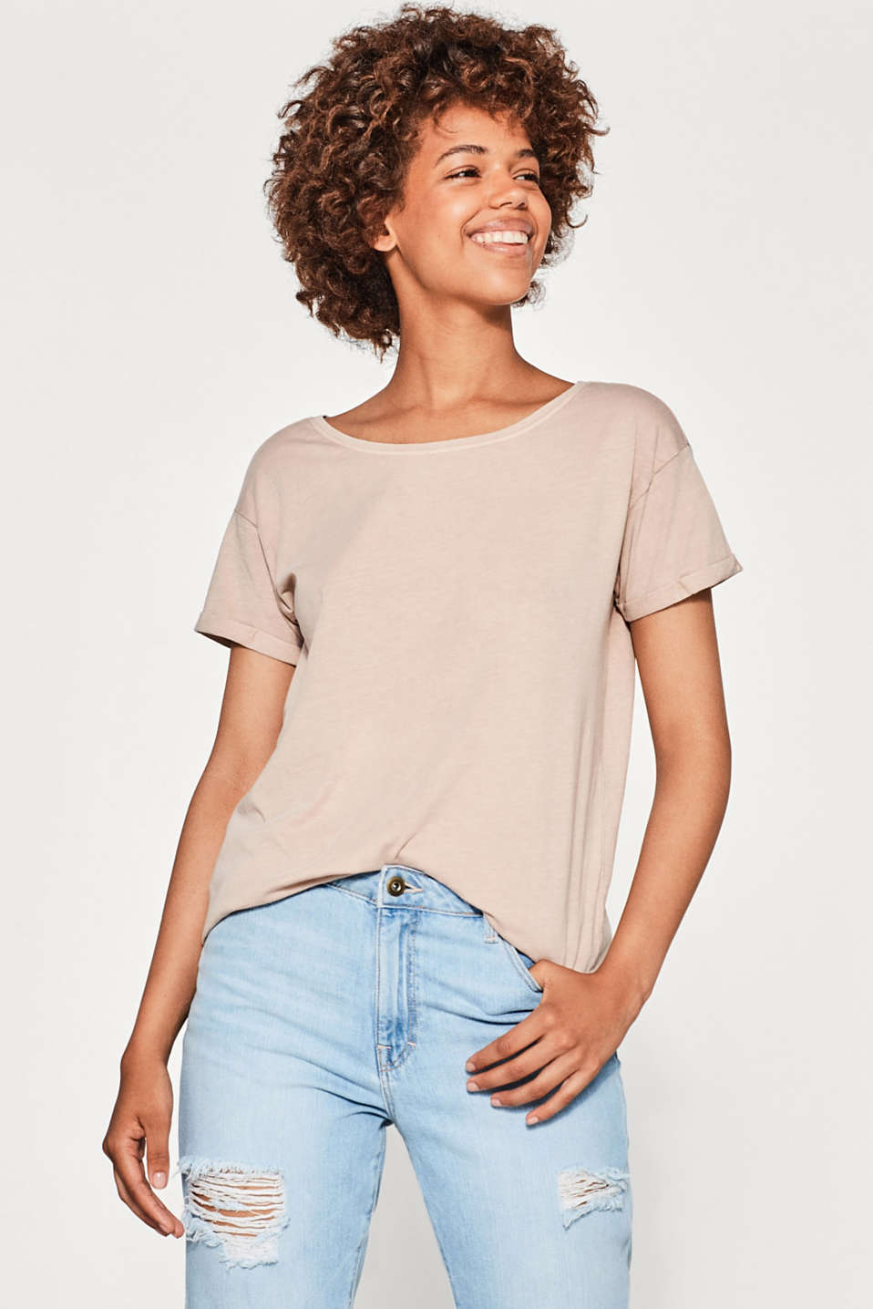 Esprit - Casual T-shirt with scoop back neckline