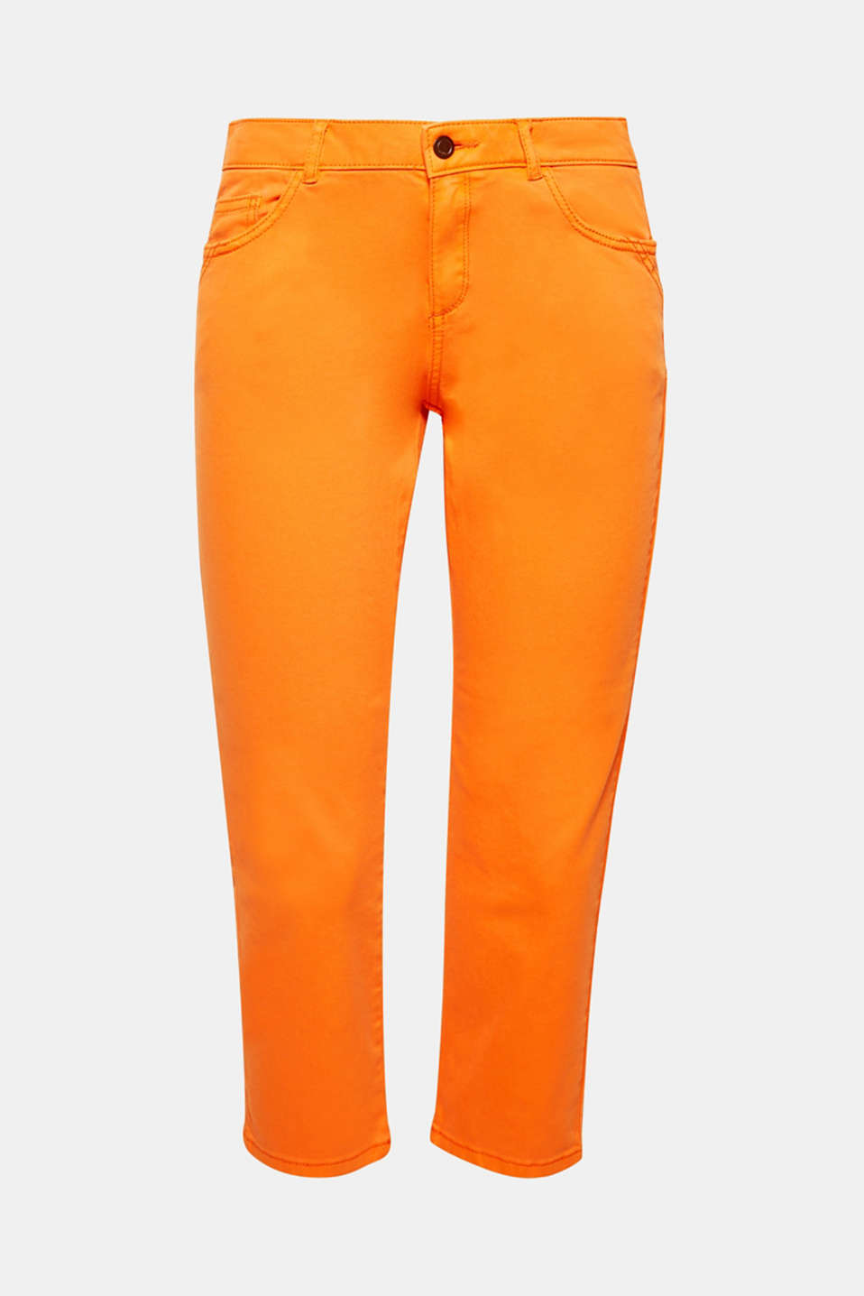 Cool styling option for warm summer days: the comfy stretch fabric and lots of different on-trend colours make these Capri pants something special.