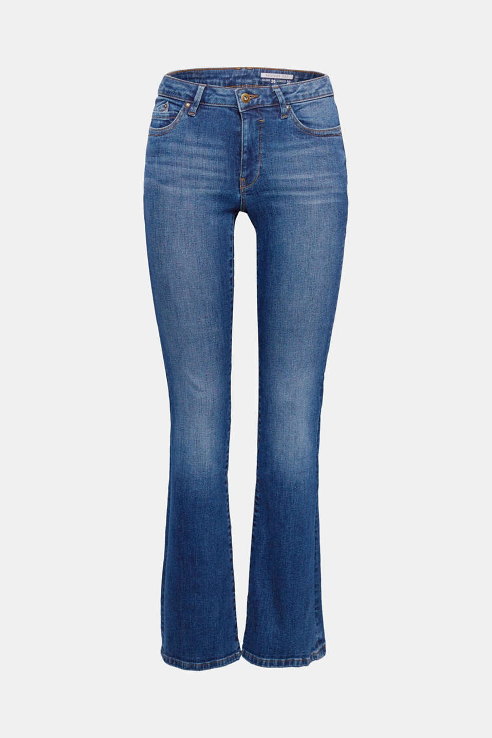 These jeans have a cool, trendy look thanks to the authentic garment-washed finish and flared leg length.