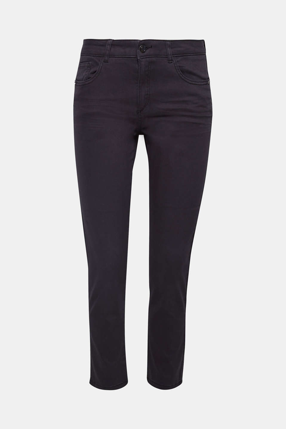 Slim fit, subtle details: these skinny trousers feature wrinkled effects and decorative studs on the front pockets!