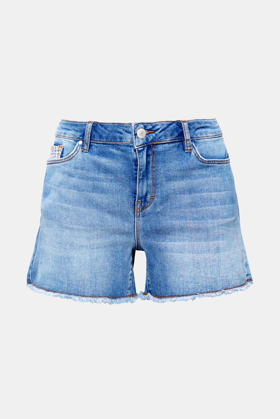 This summer, a pair of denim shorts is completely essential and we love this pair for their frayed leg hems and fabric appliqués!