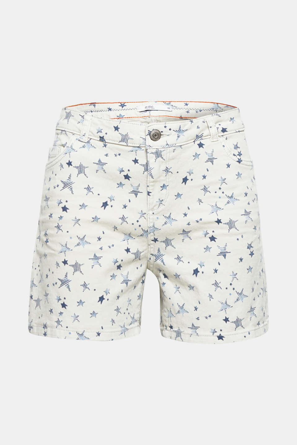 A star on warm days: The trendy star design gives these denim shorts with stretch for comfort their cool character.