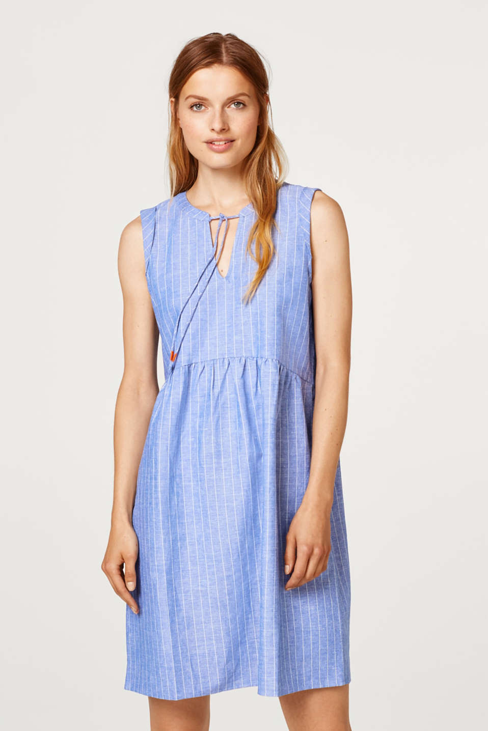 edc - Made of blended linen: Dress with fine stripes
