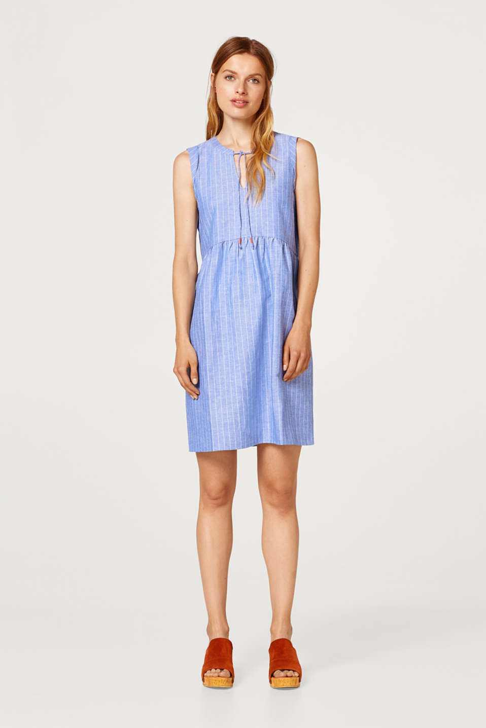 Made of blended linen: Dress with fine stripes