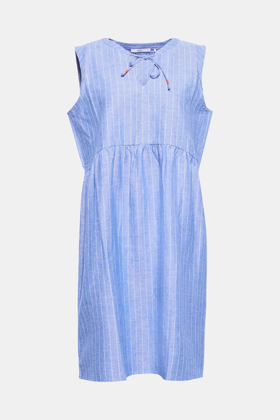 Crafted from an airy cotton/linen blend, this figure-skimming dress with a fine striped pattern is the perfect piece for warm summer days.