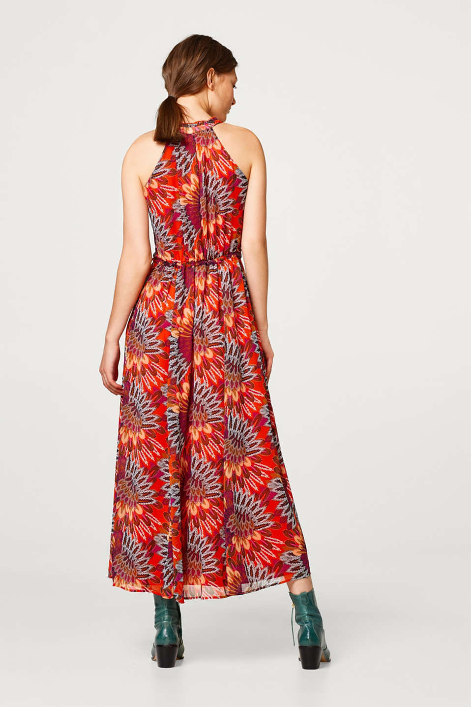 Chiffon maxi dress with a feather print