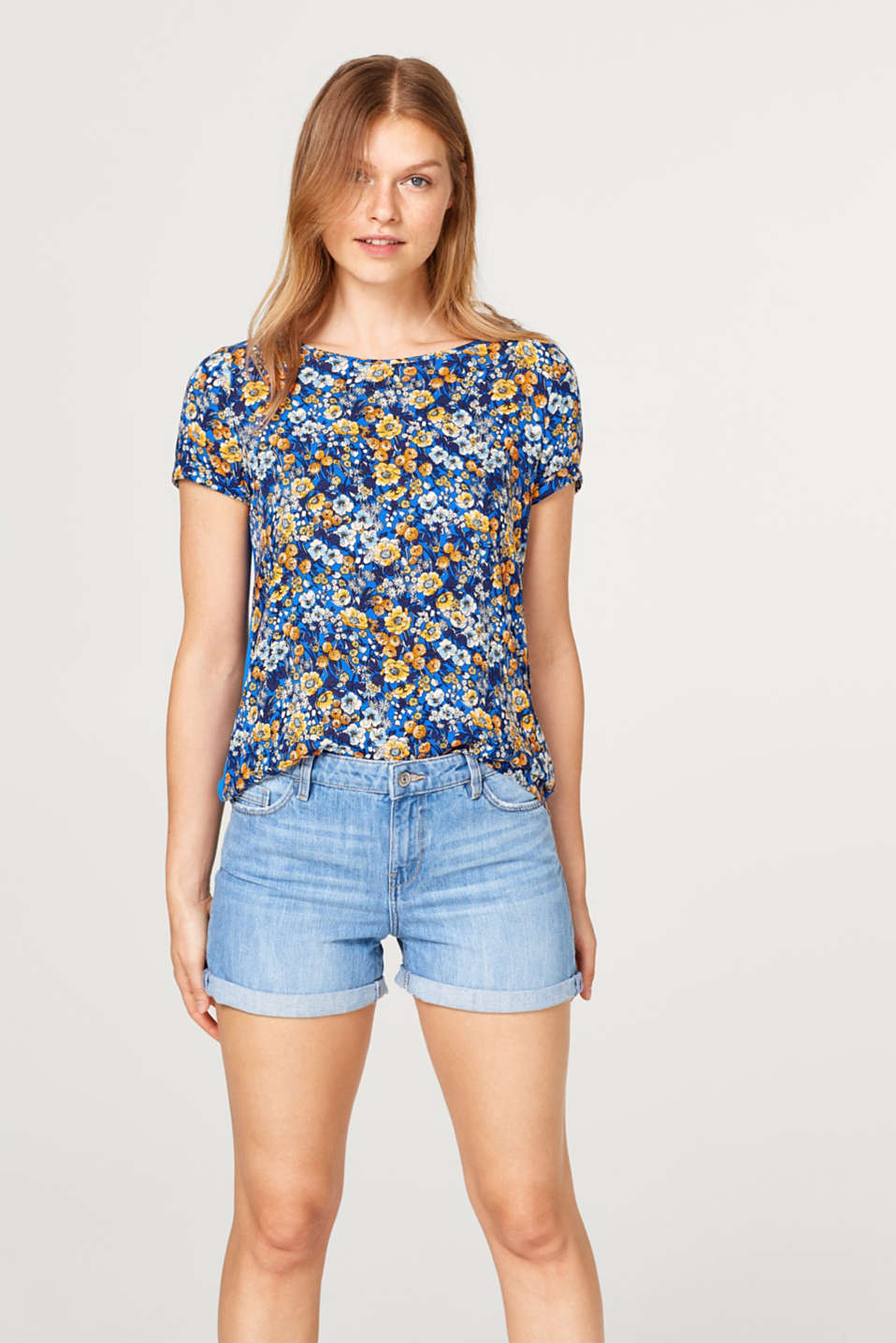 edc - Lightweight blouse top with a colourful print