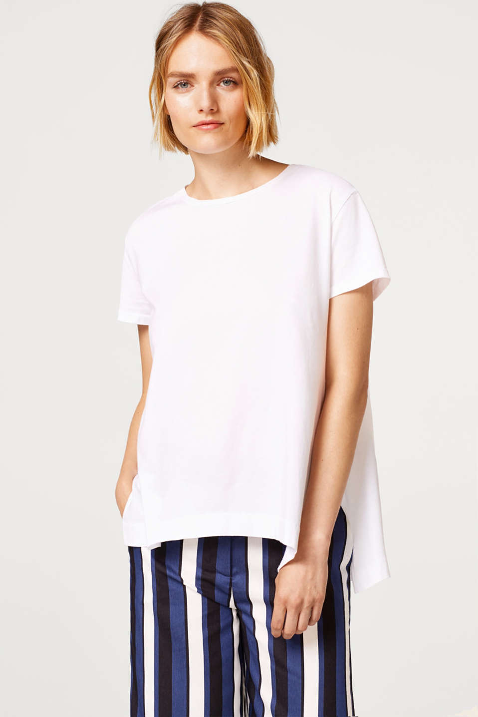 edc - Slightly flared T-shirt, 100% cotton